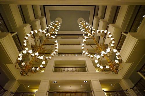 Grand-Floridian-Lobby-11