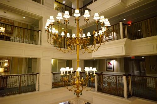 Grand-Floridian-Lobby-18