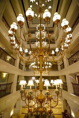 Grand-Floridian-Lobby-19