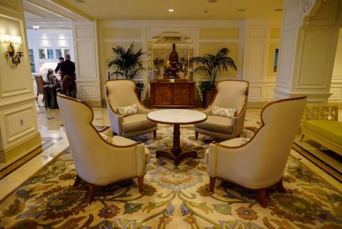 Grand-Floridian-Lobby-5