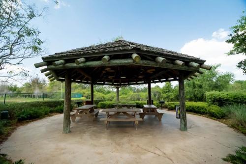 Kidani-Barbecue Pavilion